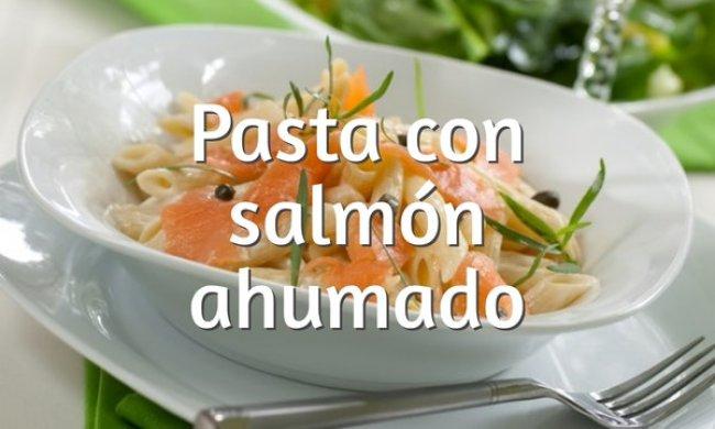 Pasta con salmón ahumado